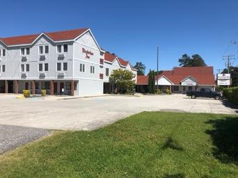 Elizabethan Inn Current Site 2